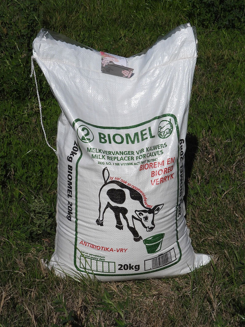 Biomel milk replacer for calves